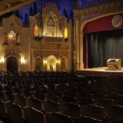 https://qualityinnanderson.com/wp-content/uploads/2016/02/paramount-theatre-centre-ballroom.jpg